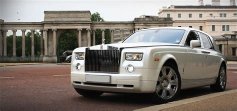 roll royce phantom white white rolls royce phantom hire herts rollers