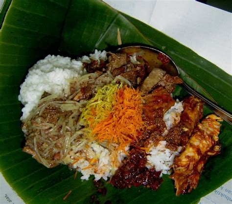 lesehan ayam jantan  makanan favorit  jawa timur