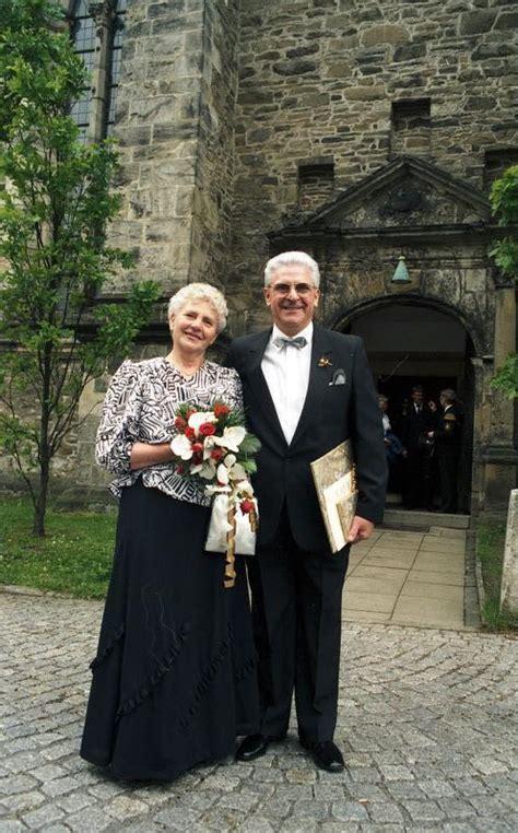 25 jaar getrouwd vrije dag huwelijksverjaardag wikipedia