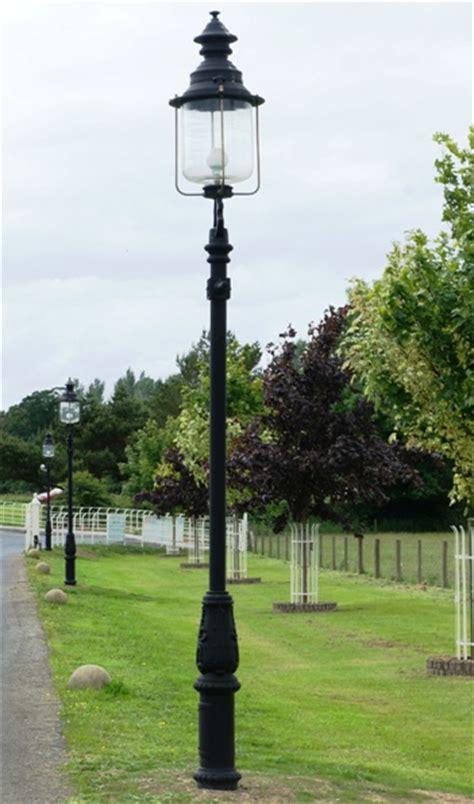 Driveway Light Post by Belgravia Driveway L Posts The Garden L Post Company