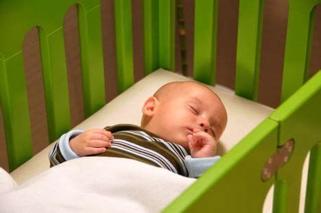 How To Make Baby Sleep In His Crib by Why You Shouldn T Co Sleep With Your Newborn Baby Care