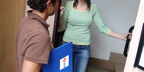 contratto porta a porta truffa dei quot porta a porta quot ecco come riconoscerli
