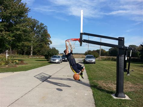 Basketball Hoops That Attach To Garage by Basketball Hoops That Attach To Garage Veryideas Co