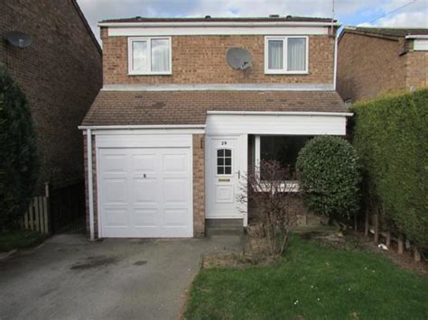3 bedroom house to rent wakefield 3 bedroom detached house to rent in birchtree close