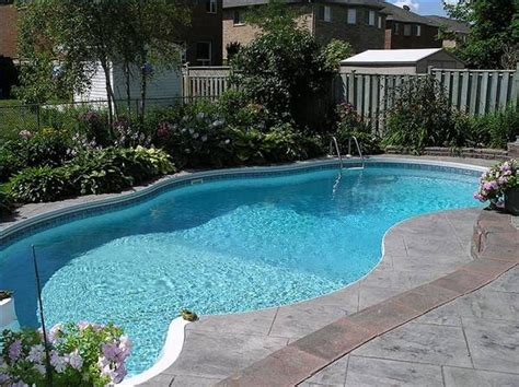 Backyard Pool Landscaping Pictures Pool Landscaping Pictures