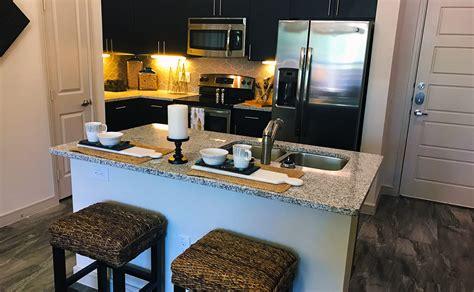 Apartments Cedars Dallas The Cedars Lifetime Locators