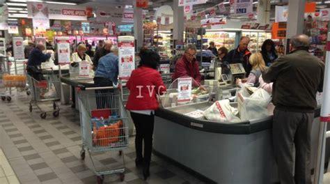 ipercoop il gabbiano savona domani lo sciopero dei lavoratori di supermercati e centri