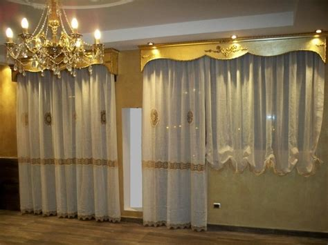 bastoni per tende con mantovana scegliere le mantovane per tende scelta tendaggi