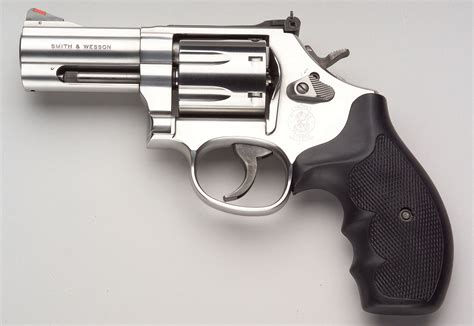 smith an dwesson armslist want to buy looking for smith and wesson 686 w 3 quot barrel