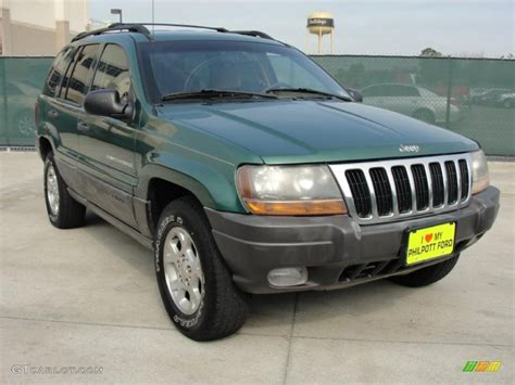 2000 Shale Green Metallic Jeep Grand Cherokee Laredo