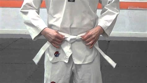 how to tie your belt for taekwondo