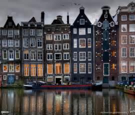 Amsterdam   Damrak Area of Unusual Homes