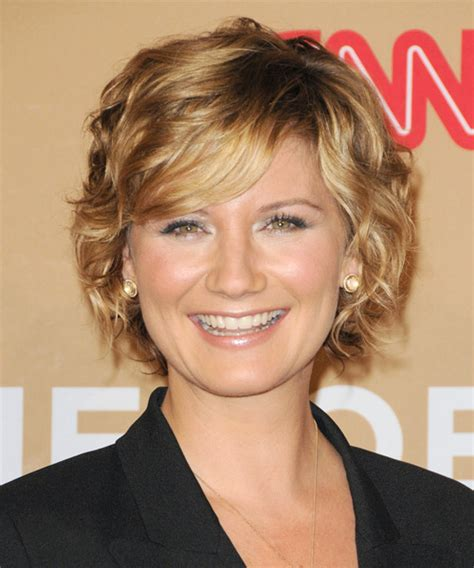 hairstyles with perms for middle age women jennifer nettles short wavy formal hairstyle