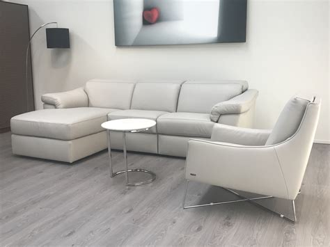 natuzzi chaise natuzzi editions sensor leather power l h chaise with