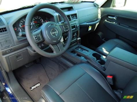 jeep liberty 2012 interior 2012 jeep liberty interior imgkid com the image