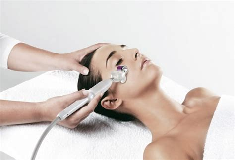 microneedling how to derma roll totalbeautycom micro needling best skin needling rollers on the market