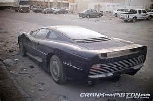 Jaguar Xj220s For Sale Triste Y Un Jaguar Xj220 Se Pudre En Dubai Diariomotor