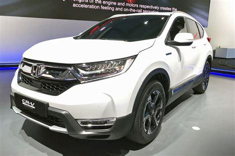 suv hybrids hybridised honda suv new cr v hybrid prototype hits