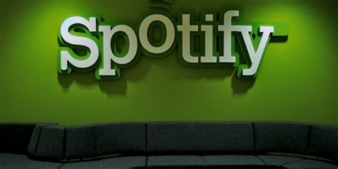 spotify mobile cost spotify launches free service on mobile devices huffpost uk