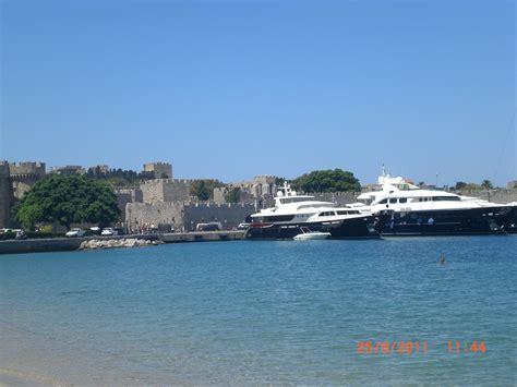turisti per caso rodi il porto di rodi viaggi vacanze e turismo turisti per caso