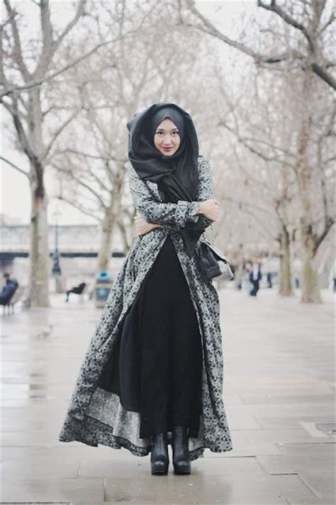 Abaya Pelangi 15 dian pelangi plain printed style for