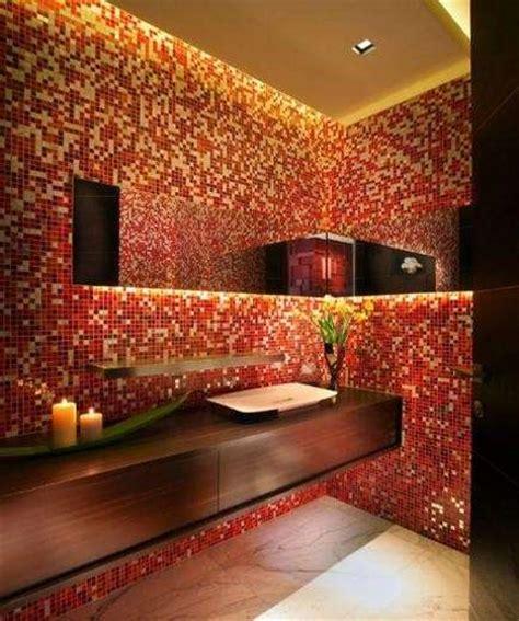 mosaico rosso bagno piastrelle mosaico in bagno foto design mag