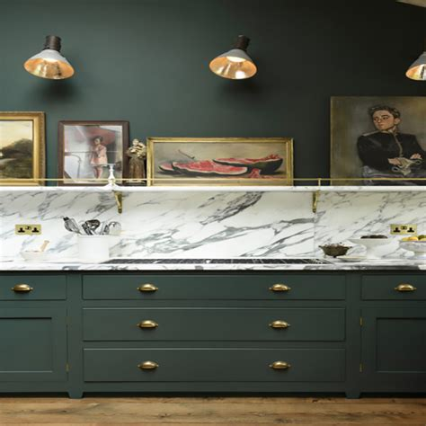 Bold Kitchen Wall Colors by Bold Colors For Your Kitchen Cabinets Countertops And Walls