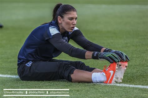 hope solo benched seattle sky blue end scoreless as solo sits equalizer