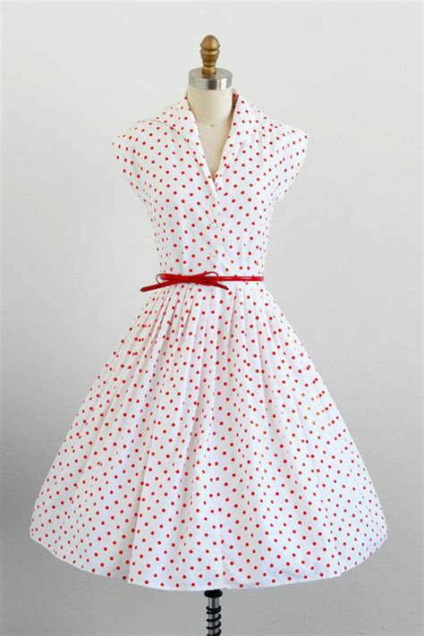 dot pattern frocks dresses in vintage style how to recognize the vintage