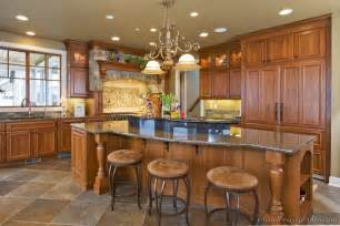 Kitchen Island Decorating Ideas Pictures Of Kitchens Traditional Medium Wood Cabinets Golden Brown Page 3