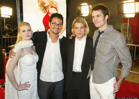 elisha cuthbert and emile hirsch relationship the juice was worth the squeeze looking back on the girl