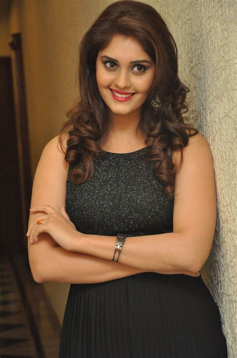 actress surabhi gallery actress surabhi photo gallery images 2017 actress doodles