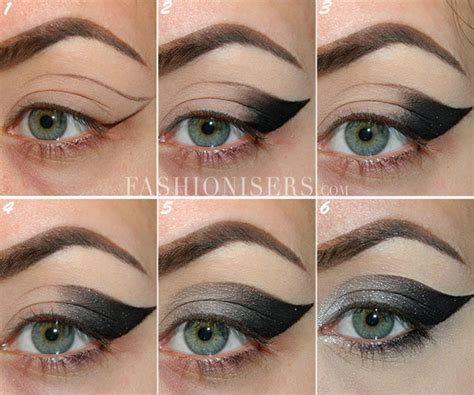 tutorial on eyeliner application dramatic cat eye makeup tutorial cat eye makeup tutorial