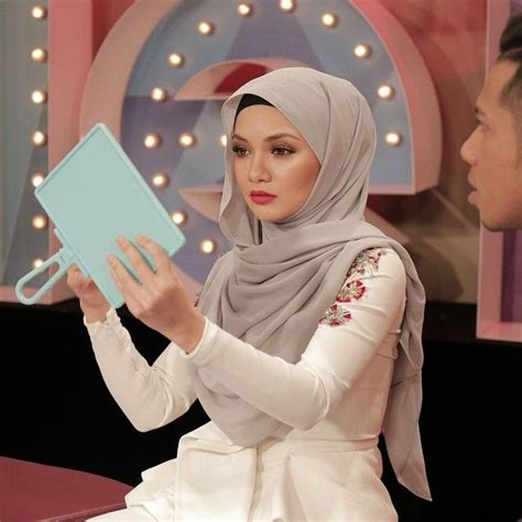 tudung neelofa 71 best neelofa images on pinterest hijab styles