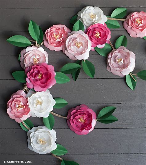 Papercraft Flowers - diy metallic paper camellias
