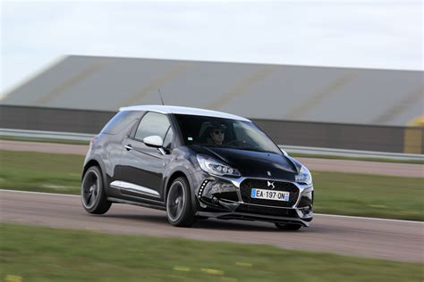 peugeot performance comparatif vid 233 o ds3 performance peugeot 208 gti by