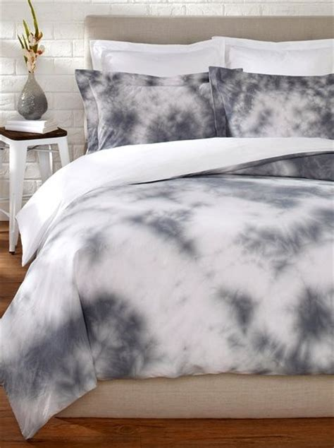 tye dye bedding 25 best ideas about tie dye bedding on pinterest tie dye bedroom tie dye sheets and hippie