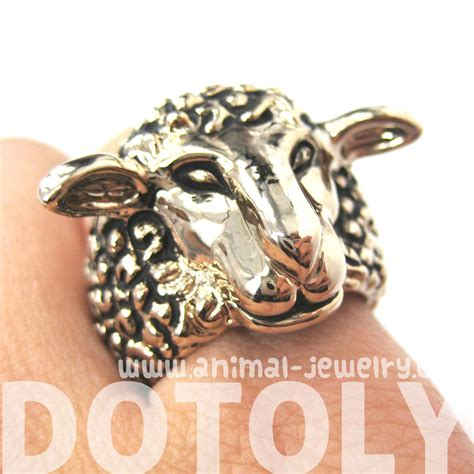 adjustable sheep detailed and realistic animal ring