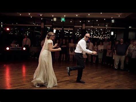 braut vater tanz lied flashmob auf der hochzeit die lustigsten videos