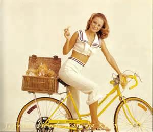 vintage picnic cyclestyle australia clothing