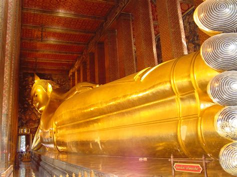 thailand reclining buddha paying respect to jt and the reclining buddha my