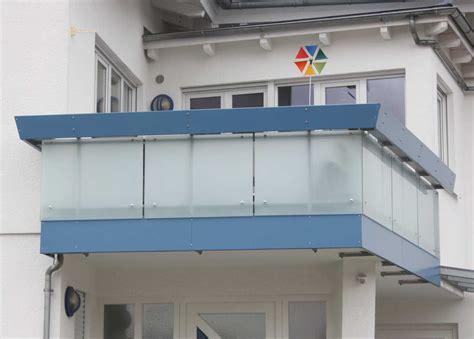 treppengeländer handlauf halterung blumenkasten balkon ohne halterung die neueste