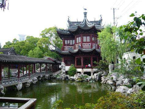 yuyuan garden the world s most awe inspiring gardens