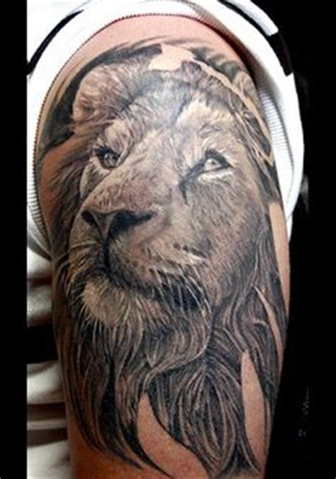 full body lion tattoo 1000 images about tatoos on pinterest superman tattoos