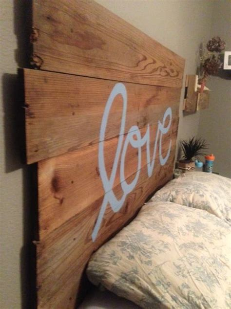 Fence Post Headboard by 1000 Images About Diy Signs On Diy Headboards