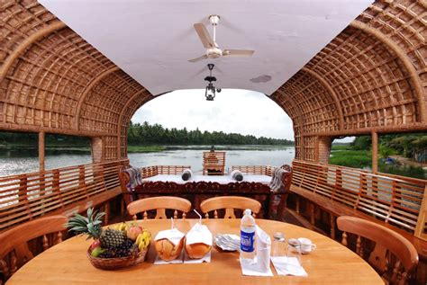 kerala boat house stay houseboat stay in alleppey with traditional boat house by