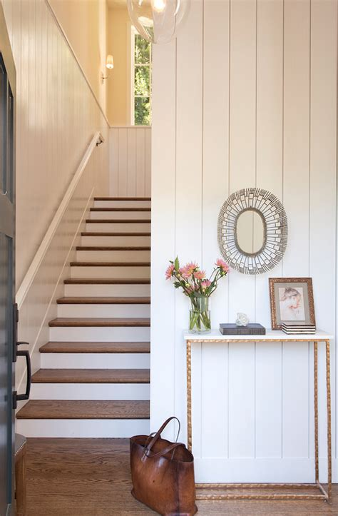 Contemporary Entrance Foyer Features Round Glass Top Foyer