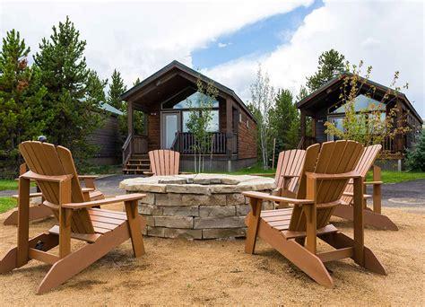 cabin yellowstone yellowstone lodging hotels cabins visit yellowstone park