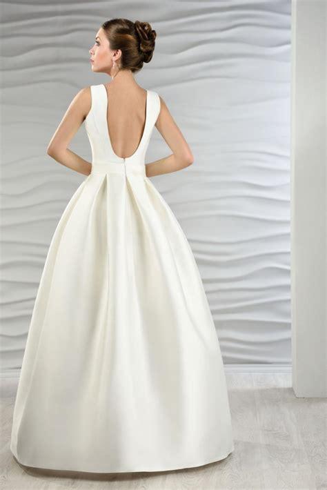 Schlichte Brautmode by Satin Brautkleid Mit Jacke Und Kellerfalten Kleiderfreuden