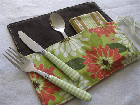 pattern for fabric lunch bag lunch bag cutlery rolls sewing projects burdastyle com
